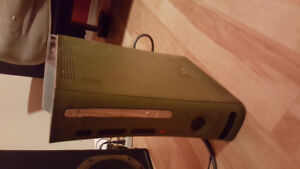 Xbox 360 halo 3 edition plus 9 games and 1 controller