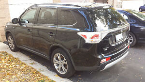 2015 Mitsubishi Outlander heated seats,bluetooth,sunroof