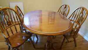 Solid pine dining table set