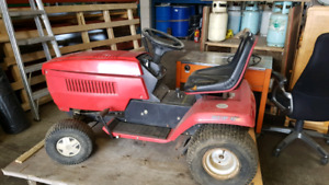 Mastercraft lawn tractor