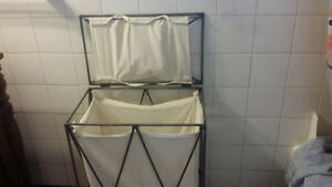 Beautiful Metal laundry basket .  Nice design Kingston Kingston Area image 2