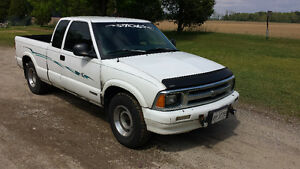 1996 Chevrolet S-10 SE Pickup Truck Reduced!