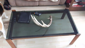 Wooden/ Glass COFFEE TABLE in great shape!