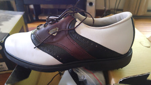 Mens golf shoes brand new