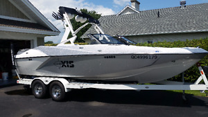 MALIBU  AXIS  A22  , 2016 , SEULEMENT  40 HRS  PAS TAXES !