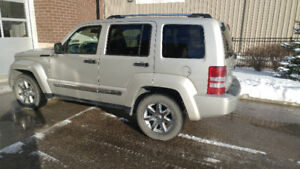 2008 Jeep Liberty Limited SUV, Crossover-Private Sale