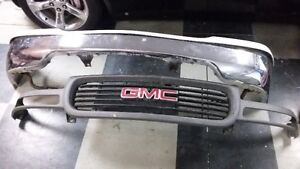 1999-2002 Sierra front bumper and grille London Ontario image 2