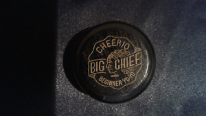 Vintage Cheerio Big Chief Beginner yo yo