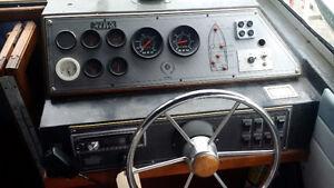 88 Doral Tara 24 ft 260 Merc storage included London Ontario image 7