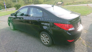2012 Hyundai Accent Sedan