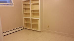 3 bedrooms basement for rent $950 all included