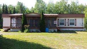 Permanent/Residential Property.in Lake George-Handy to Water