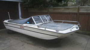 FREE - 16ft Tempest Bowrider Boat