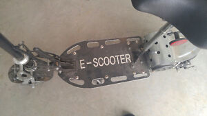 Kids Scooter....very fast ! AWESOME CHRISTMAS GIFT ! London Ontario image 6