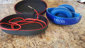 BEATS STUDIO WIRELESS IN BRAND NEW CONDITION
