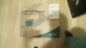 19 inch Acer monitor for sale