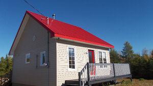 Maison a vendre meuble avec terrain de 10 acres.