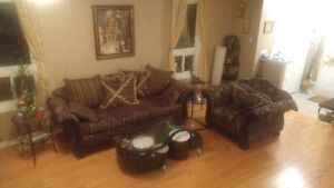 LIVING ROOM SOFA SET ,LOVE SEAT ,SINGLE SOFA (price negotiable)