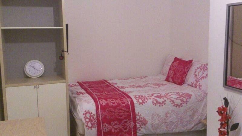 lovely room near Waterloo 07957091448