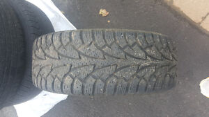 winter tires with rims for sale 4bolt West Island Greater Montréal image 2
