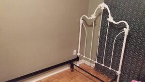 Tête de lit en fer forgé blanc (simple)
