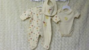 3 Pce Baby Boy/Girl Unisex Sleeper Onesie & Bib Yellow Sz 3 Mths