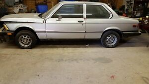 1977 BMW 320i -Numbers matching, winter stored 2000$obo