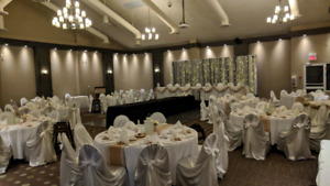 """14 commerical grade 120"""" round table cloths"""