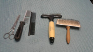 Selling various dog brushes and clipped set