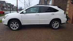 2009 Lexus RX 350 SUV Ultra Premium Package.Top of The Line. DVD