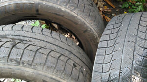 225/60R16 Snow Tires (qty 3) with spare