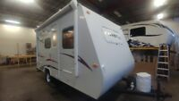 2010 KZ Coyote 16C Hybrid Travel Trailer **MINT CONDITION** London Ontario Preview