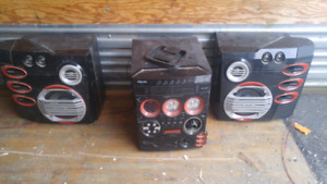 .FW C577 Stereo Game Port Mini System  with two speakers