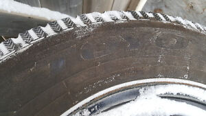 "Dodge Caravan 17"" Winter tires and Rims, Like new!"