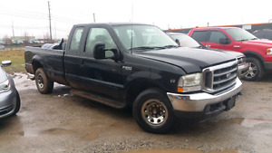 2002 Ford F250 2WD - 905 962 2354