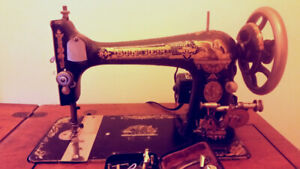 Antique Singer Sewing Machine with Accessory Kit