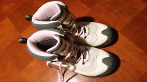 Columbia Woman's Winter Boots Size 10