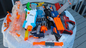 NERF GUN COLLECTION (13 pieces+bullets)