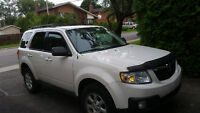 2009 Mazda Tribute GS V6 SUV, Crossover