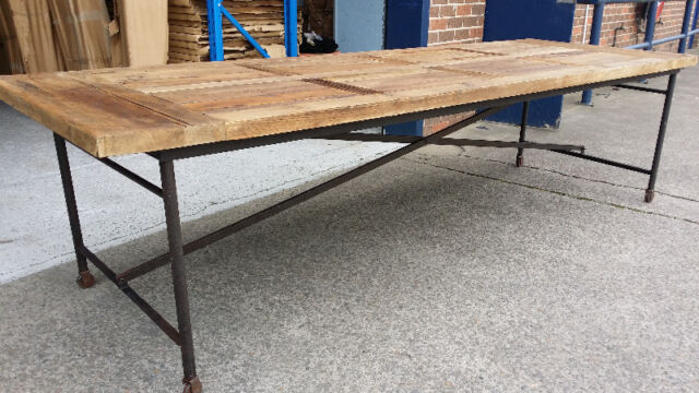 New french industrial recycled vintage timber trestle for Gumtree beauty table