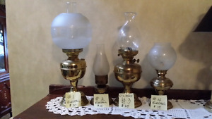 Antique oil lamp 3 electric 1 oil only