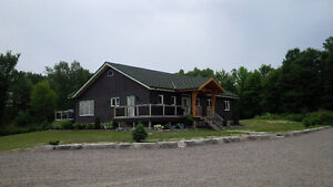Highly skilled house painter with 30+ years experience Kawartha Lakes Peterborough Area image 3