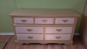 Professionally painted 2 tone vintage dresser Cambridge Kitchener Area image 1