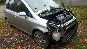 JUNKING 2007 HONDA FIT 150 KM LOADS OF PARTS!!!!!