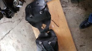 OLD SCHOOL REAL LEATHER THROW OFFER SADDLE BAGS WITH BAG BARS