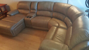 Genuine, Real Leather 5-Piece Sectional w/Power Recliner
