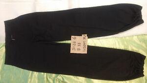 Lululemon Pants (Size 6)