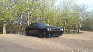 2010 Dodge Challenger R/T Coupe With Only 80 000 KM