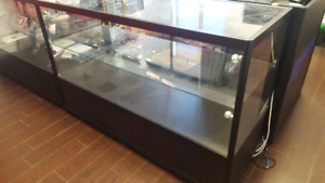Display case showcase almost new