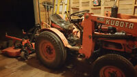 kubota 85 4 wheel drive B6-100 with mower